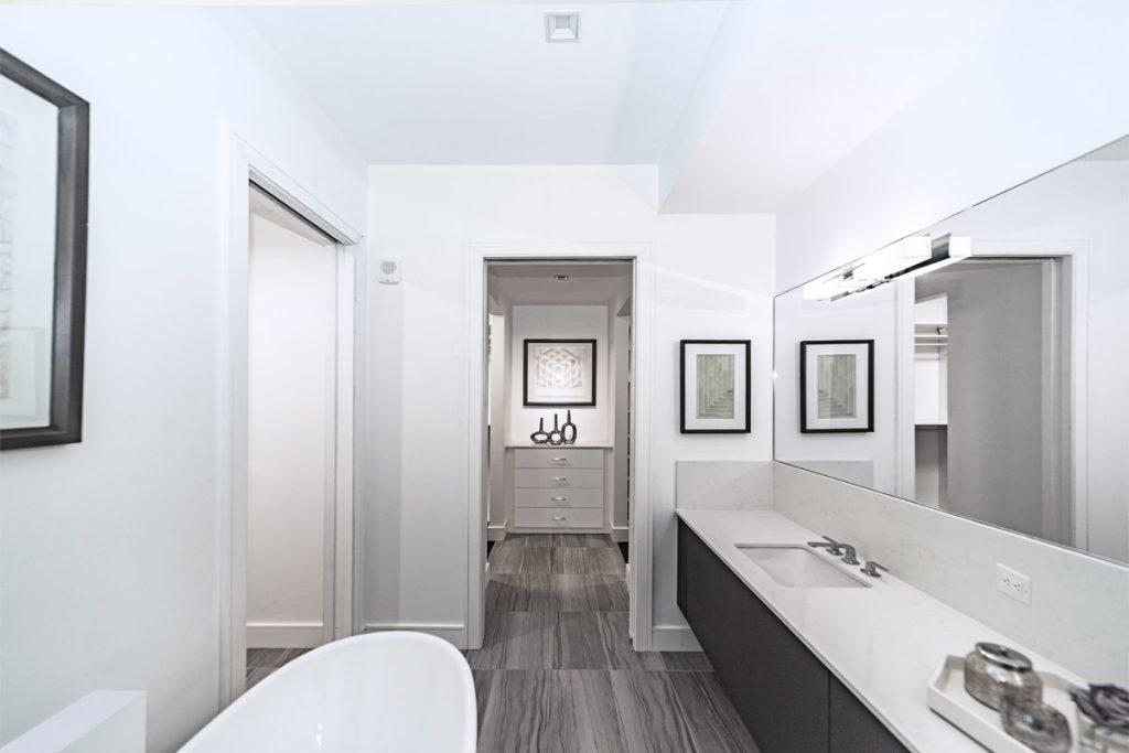 baño completo nordico con suelo de gres porcelanico